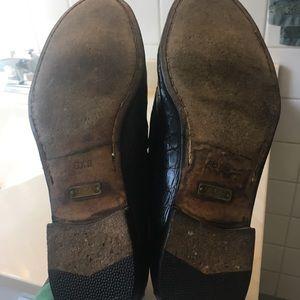 Gucci Shoes - Men's Gucci black crocodile horsebit loafer.